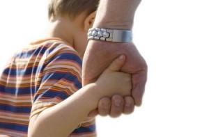 Как ограничить общение отца с ребенком после развода