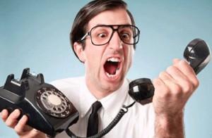 Коллекторы достают по телефону