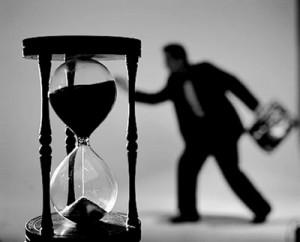 Срочный трудовой договор: порядок заключения
