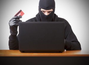 Как вести себя, если украли деньги с банковской карты