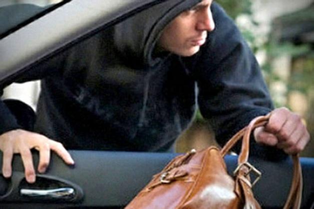 Куда надо обращаться если украли документы на машину