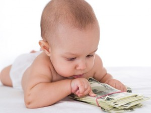 Назначение алиментов в твердой денежной сумме